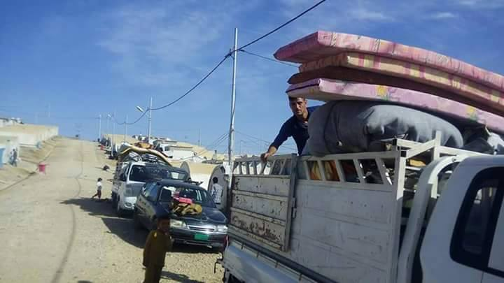 Ezidis leave the Mamilian IDP camp due the recent clashes with Muslim Kurds
