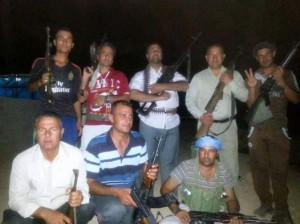 Armed Yezidi civilians in Khanasor