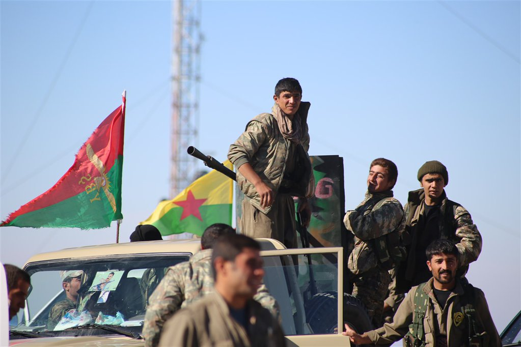 Fighters of the PKK and Yezidi YBS during the Shingal offensive (Nov. 13 /ANF)