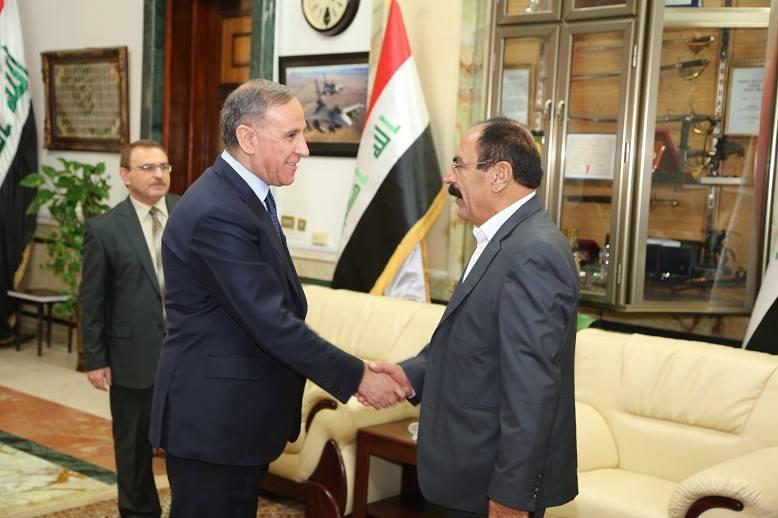 Kassim Checho à droite et Khaled Al-Obeidi à gauche