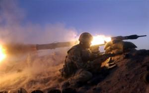 40 Commando anti tank team live firing in the desert of Oman.