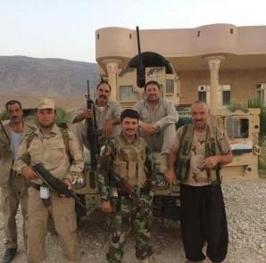 Kämpfer der êzîdîschen Verteidigungseinheit in Shingal
