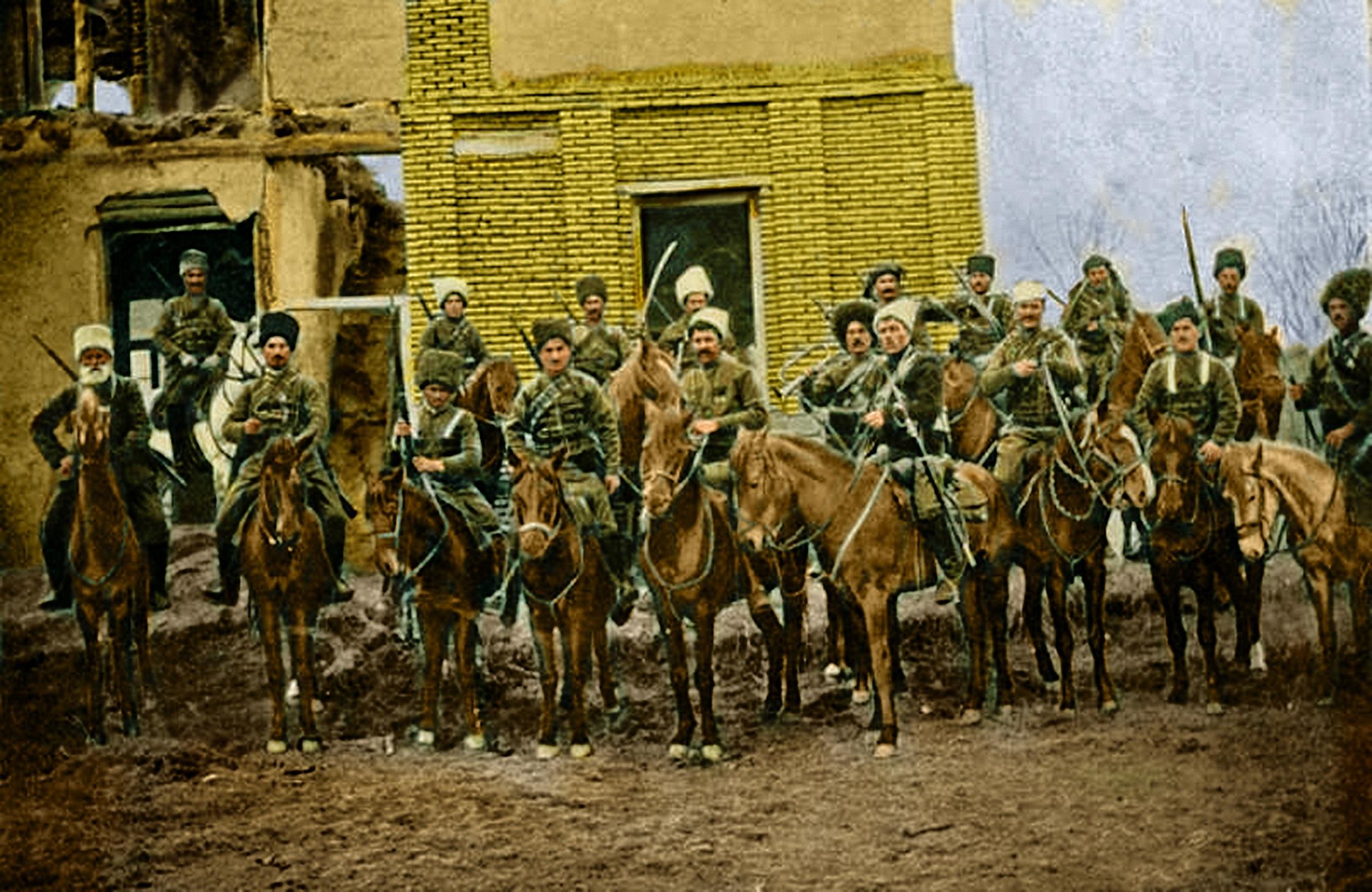 Êzîdîsche & armenische Widerstandskämpfer unter der Führung von Jangir Agha, vermutlich im Jahr 1914 in Van