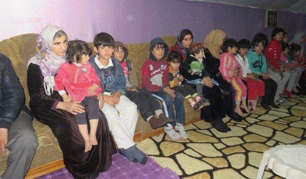 Nach 589 Tagen: Befreite êzîdîsche Frauen und Kinder aus IS-Gefangenschaft (ANHA)