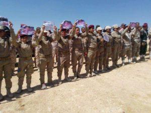 Kämpferinnen der êzîdîschen HPÊ-Einheit erinnern an Mr. Lee (Sherfedin, Shingal)