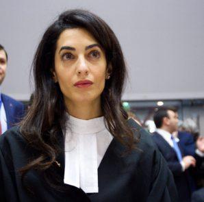 Amal Clooney vor dem Europäischen Gerichtshof für Menschenrechte (Candice Imbert / Council of Europe / EPA)