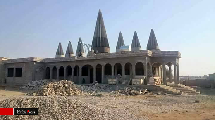 "Wiederaufbau des êzîdîschen Tempels ""Shekhe Bate"" in Babire"