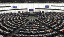 Für den diesjährigen EU-Menschenrechtspreis sind unter anderem zwei Êzîdînnen nominiert (EU)