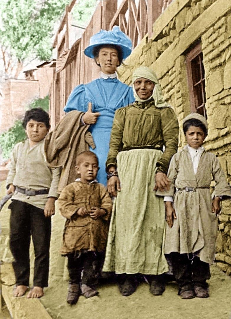 Schwedische Missionarin und Êzîden in Anatolien, Anfang des 20. Jahrhunderts