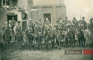 Êzîdîsche und armenische Widerstandskämpfer unter dem Befehl von Cangir Akha