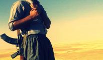 Êzîdîscher Widerstandskämpfer im Shingal-Gebirge