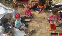 Kinder an der Pilgerstätte Sherfedîn am 23. Okt. 2014