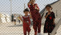 Êzîdîsche Flüchtlingskinder in einem Flüchtlingslager in Midyat (Reuters)