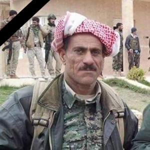 Hisen Haco, YBŞ-Kämpfer, der während der Offensive am 13. Nov. in Shingal gefallen ist