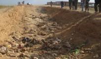 Überreste von 27 getöteten Êzîden in einem Massengrab in Shignal (Februar, 2015 | RFE)