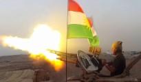 Kämpfer der Peshmerga bei einem Angriff auf IS-Terroristen