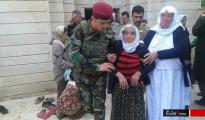 Aus der IS-Hölle entkommen: völlig entkräftet erreicht eine alte Frau die Pilgerstätte Sherfedîn