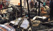 Abgebranntes Zelt im Flüchtlingslager von Sharya