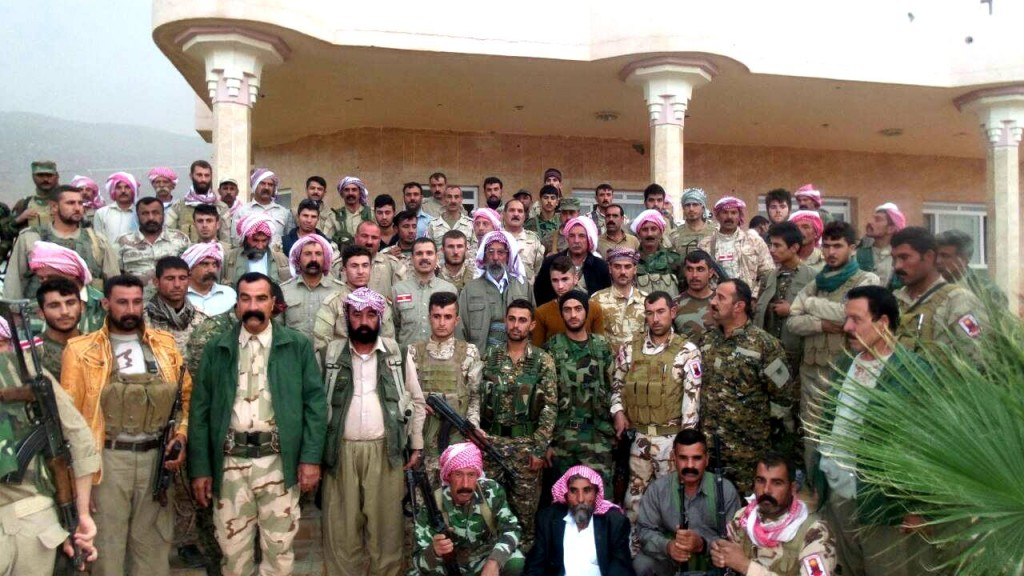 In Sherfedîn trafen Kommandeure der HPŞ und der YBŞ zusammen (26. Okt 2015)
