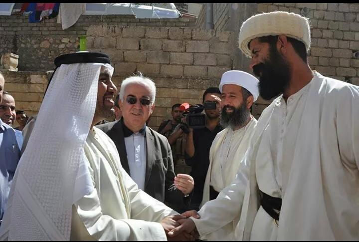 Generalkonsul der VAE und Pîr Shêro, Vertreter der Êzîden in Lalish