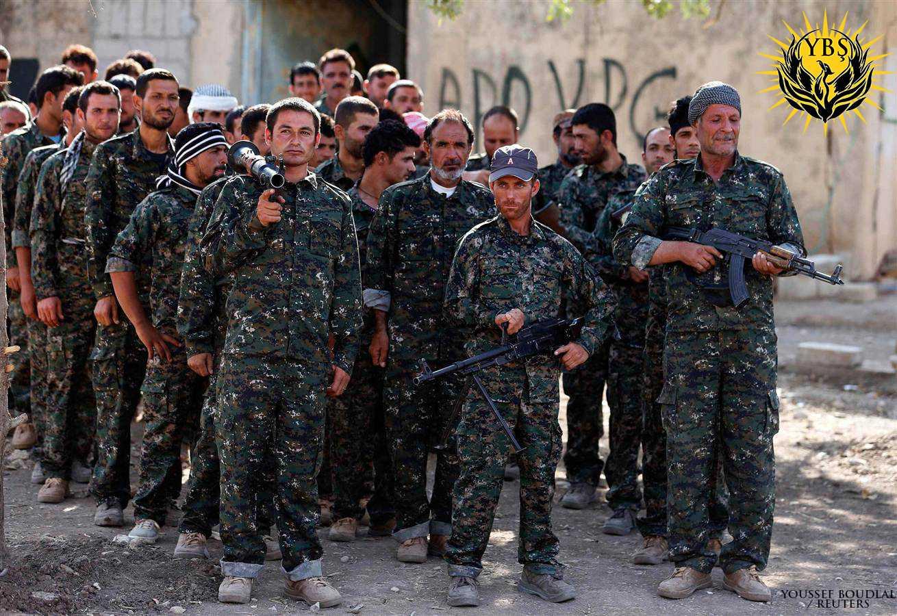 Kämpfer der Widerstandseinheit Shingal (YBŞ)
