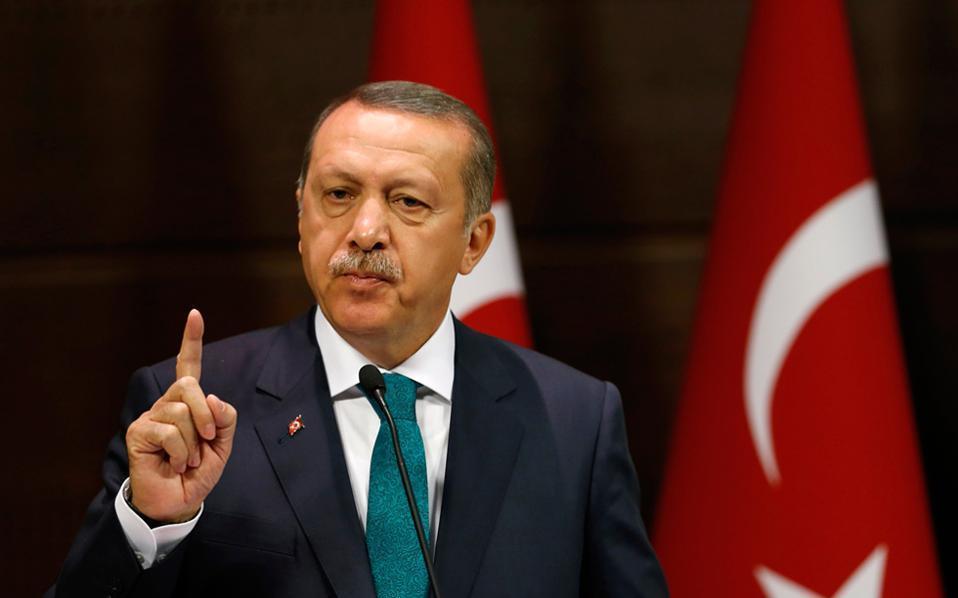 Das türkische Militär hat die Luftschläge in Shingal bestätigt. Erdogan drohte in der Vergangenheit mehrfach mit seinem solchen Schritt (ekathimerini)
